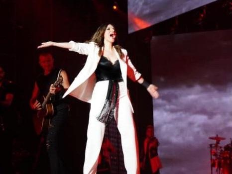 Info e scaletta del concerto di Laura Pausini e Biagio Antonacci a Pescara il 23 luglio allo Stadio Adriatico
