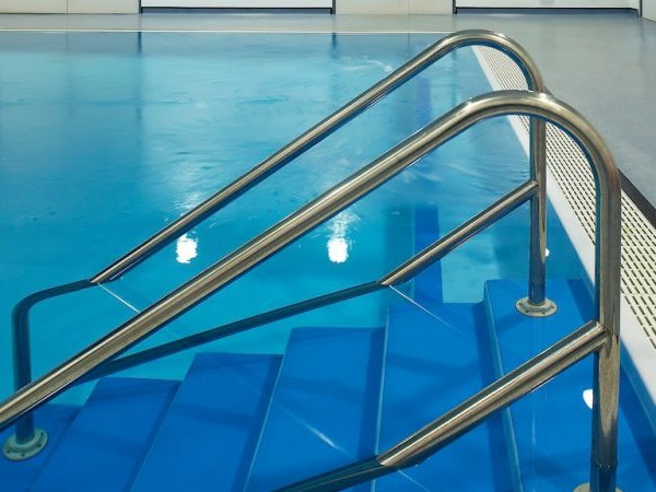 How a Chlorine 'Freak Accident' in a Pool Hospitalized Five Kids