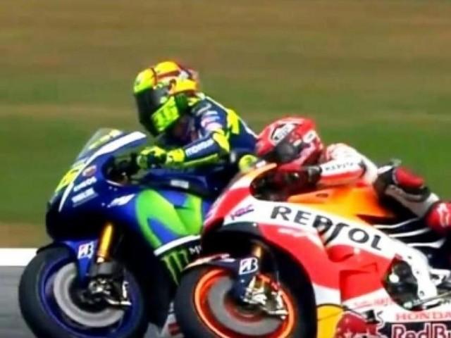 Incidente motociclistico per Valentino Rossi