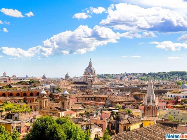 Meteo ROMA: qualche nube nel weekend, poi sole e CALDO ANOMALO