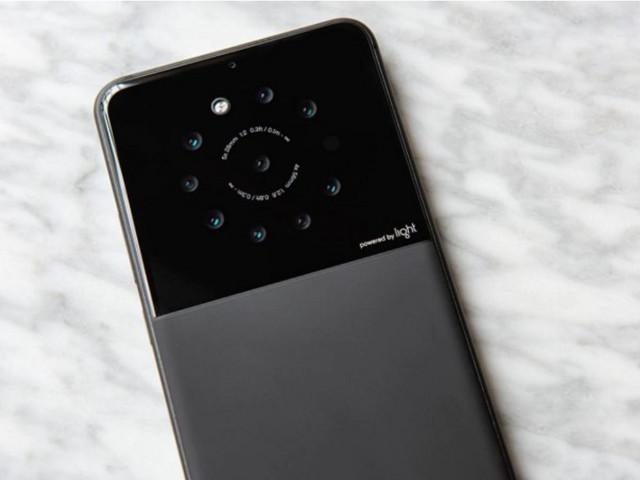 Sony e Light insieme per lo sviluppo di smartphone multicamera