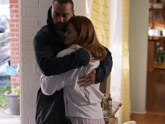 Grey's Anatomy 17, Sarah Drew su Jackson e April: 'Una parte di me sperava in un bacio'