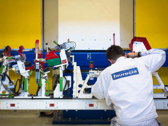 Faurecia, sindacati soddisfatti: «Si possono coniugare innovazione e lavoro»