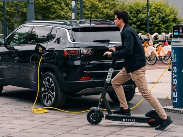 Leasys - Nuova partnership con Helbiz per la micromobilità elettrica
