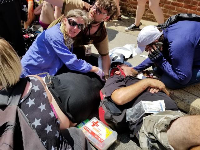USA, associazione di suprematisti bianchi condannata a risarcire con 2,4 milioni di dollari un uomo gravemente ferito durante il raduno neonazista di Charlottesville