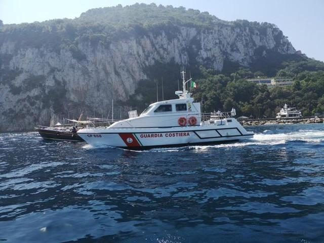 Controlli sulle barche a Capri, multe