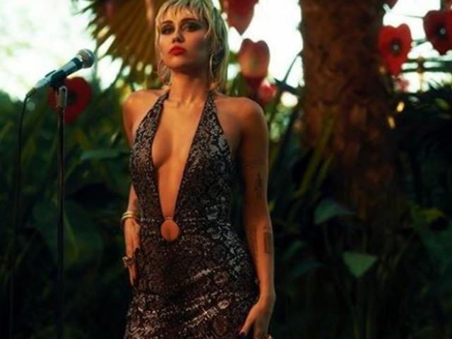 """Incontri ravvicinati del terzo tipo per Miley Cyrus: """"Ho visto un Ufo..."""""""