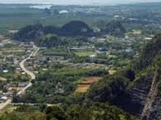 Thailandia: un porto, una centrale e la rabbia esplode a Krabi