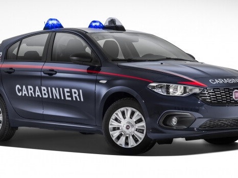 Fiat Tipo veste la divisa dei Carabinieri