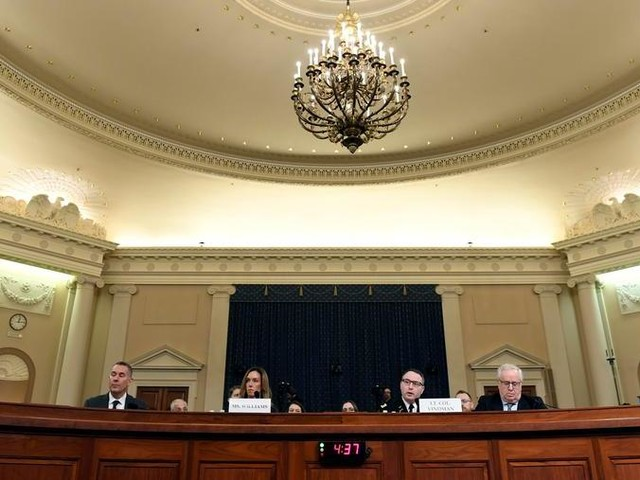 Impeachment, i testimoni confermano le pressioni di Trump su Kiev