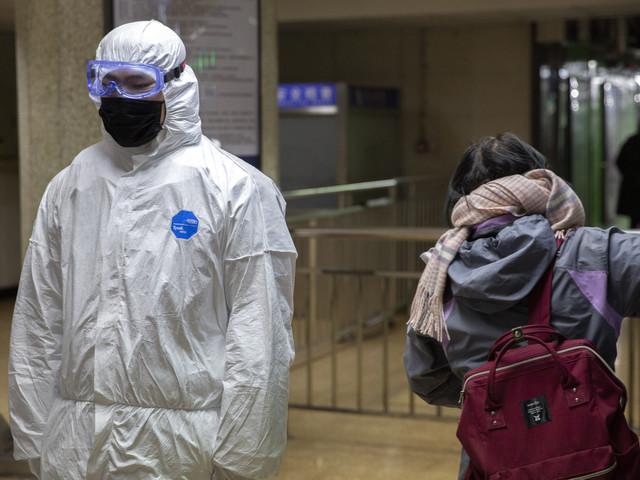 Virus Cina, Wuhan blindata con 1.363 casi confermati: Hong Kong dichiara l'emergenza, solo il Tibet è immune dal contagi