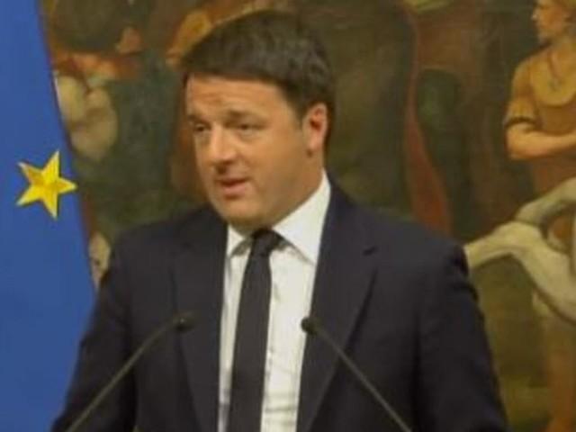 Renzi a Salvini: 'Fai il ministro, non lo sciacallo, tuo ufficio è il Viminale, non Fb'