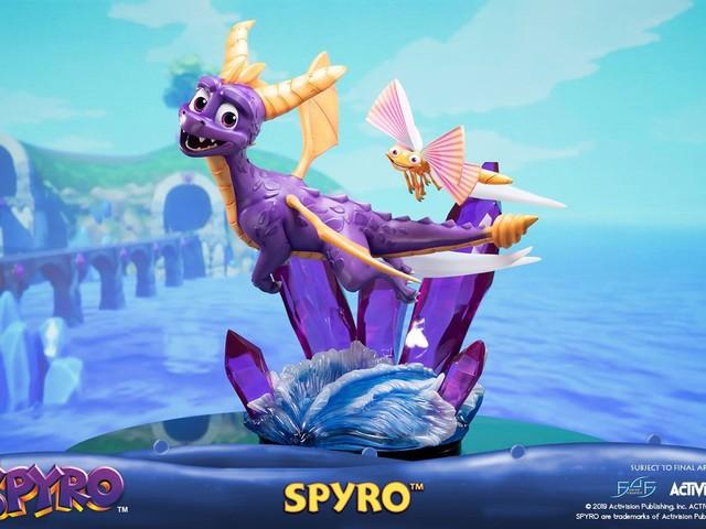 Spyro Reignited Trilogy: ecco l'Action Figure ufficiale, costa più di 400 dollari!