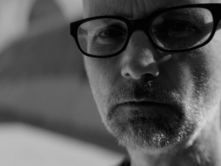 Moby, Everything Was Beautiful And Nothing Hurt è il nuovo disco