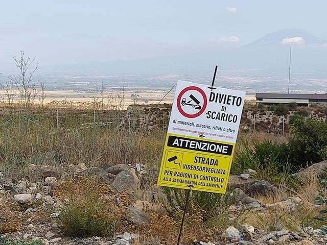 """Discarica chiusa, caos in Sicilia sui rifiuti, """"trovare soluzione a breve"""""""