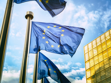 Eurozona, oltre le attese il commercio al dettaglio a giugno