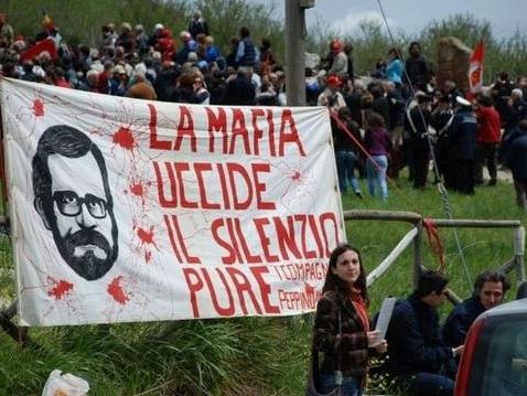 Giovanni Impastato: «La mafia si batte con l'impegno culturale»