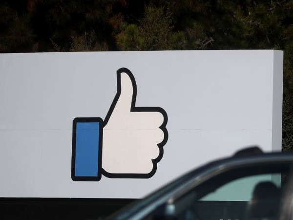 Facebook Turned Its Two-Factor Security 'Feature' Into the Worst Kind of Spam