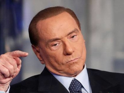 """Reddito di Cittadinanza, la stroncatura di Berlusconi: """"Una paghetta offensiva"""""""