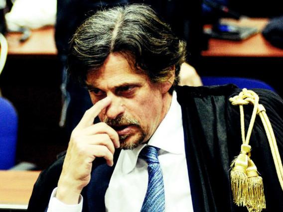 Minacce a Patronaggio: una busta con proiettile recapitata al procuratore di Agrigento