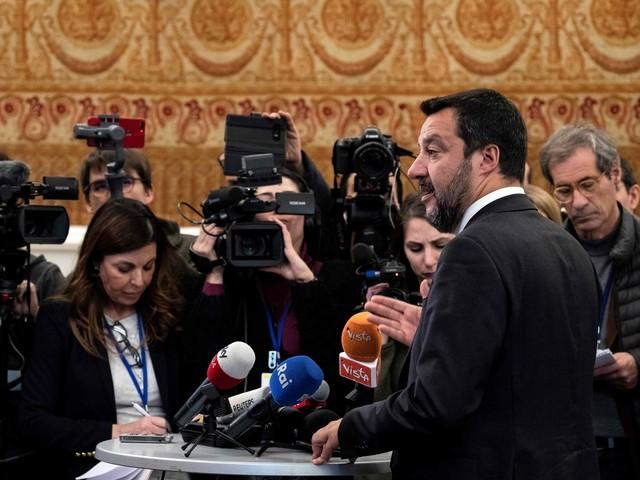 """Salvini non esclude la crisi. Rixi: """"Così si voterà a giugno"""""""