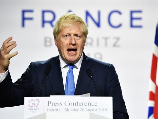 """La rivolta dei Tory pro-Europa contro i falchi: """"Non lasciamo il partito a estremisti e intrusi"""""""