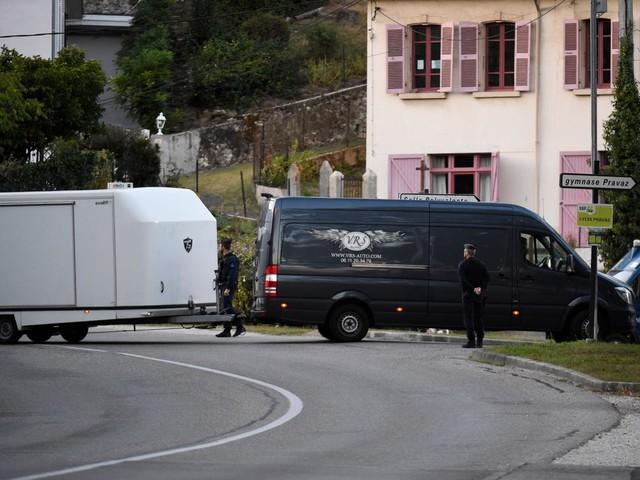 Francia, uomo asserragliato nel museo Saint-Raphael: minacce in arabo sulla facciata