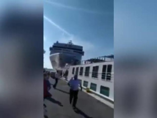 Nave da crociera contro battello a Venezia: il video frontale