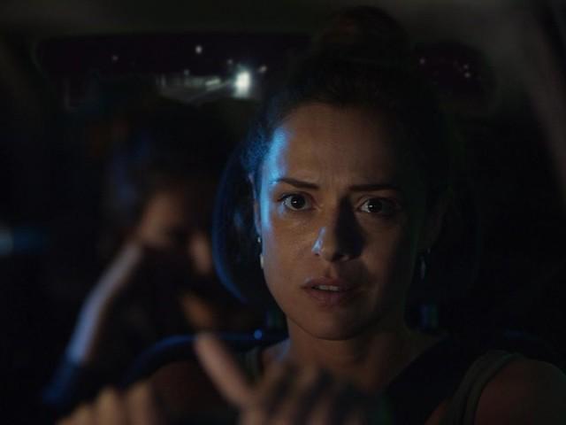 Svelato il cast di Curon di Netflix con Valeria Bilello: le prime immagini del mistery italiano (foto e teaser)