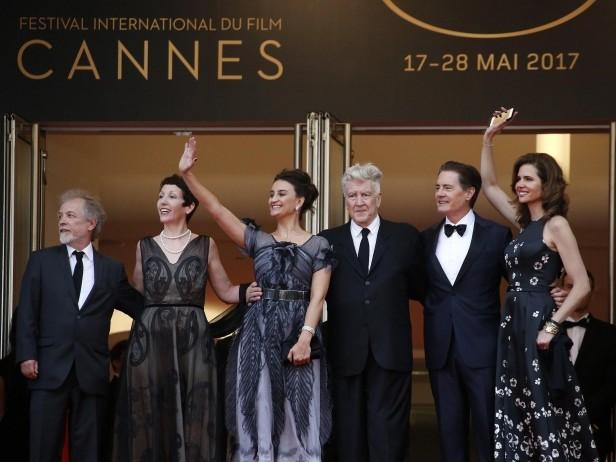"""Cannes 2017, """"Twin Peaks"""" sfila sulla Croisette. LE FOTO"""