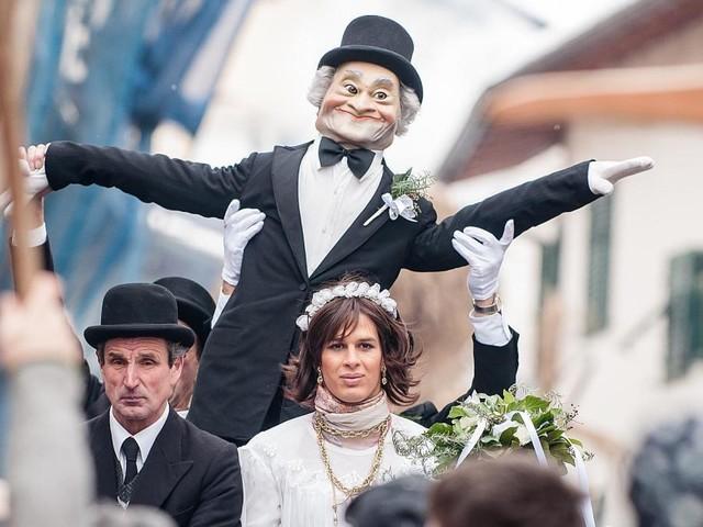 Alto Adige, carnevale a Tramin sulla strada del vino fra antiche sfilate e storiche cantine