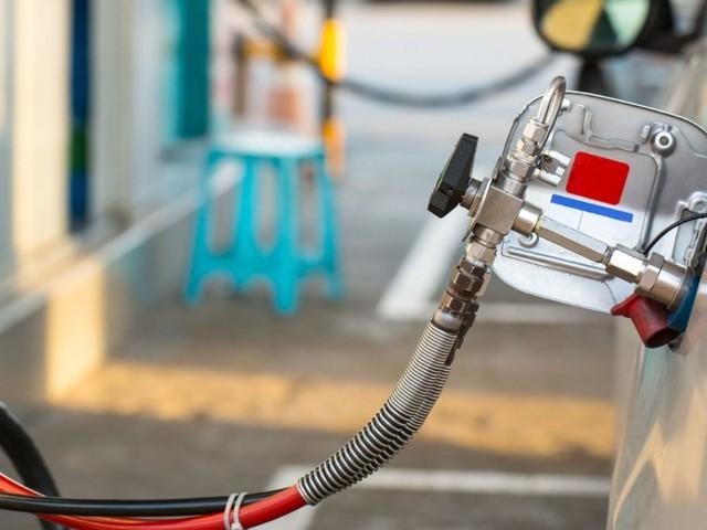 Le auto a metano sono più efficienti delle elettriche