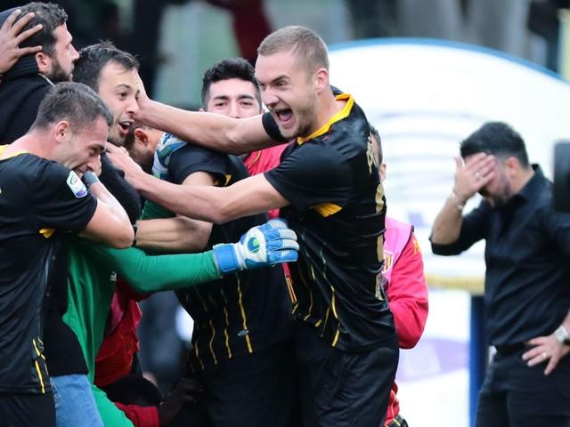 Napoli-Parma, esordio choc per Gattuso come nel Milan: le FOTO della prima al San Paolo