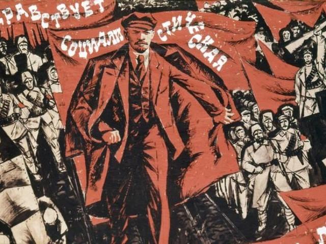 Tra storia e mito, come sarebbe stata la rivoluzione russa in chiave fantastica