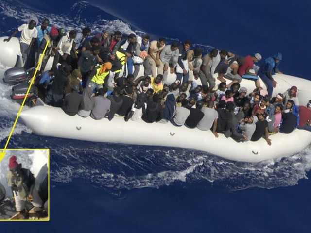 Migranti, ecco come avvengono gli sbarchi fantasma