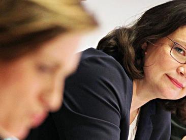 """Germania, Andrea Nahles eletta presidente della Spd. E' la prima donna. """"Manca solidarietà, anche nel partito"""""""