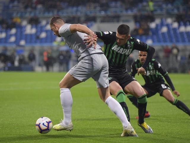 Serie A, la Roma resta al palo: 0-0 a Sassuolo e quasi addio alla Champions