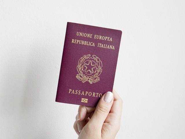 L'Austria dice sì al doppio passaporto per i cittadini sudtirolesi