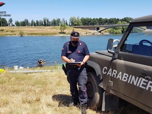 A pesca sul Lago Cecita senza licenze: numerose sanzioni