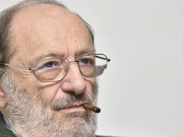 Perché occorre (ri)leggere i libri di Umberto Eco