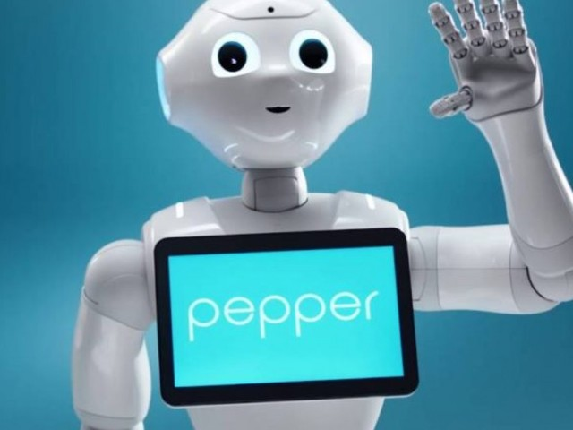 """Robot Pepper"", arriva all'ospedale di Galatina un dispositivo sanitario d'avanguardia"