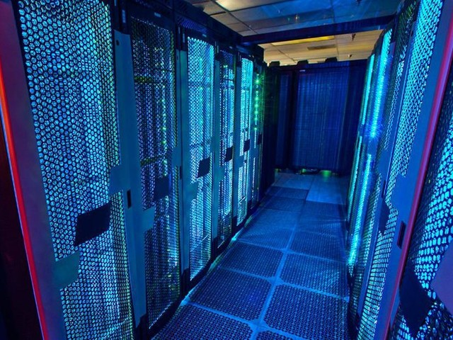 Eni, il supercomputer HPC5 in campo per la lotta al Covid