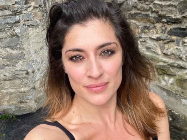 Elisa Isoardi, piccolo incidente durante le prove di Ballando: si mostra proprio così