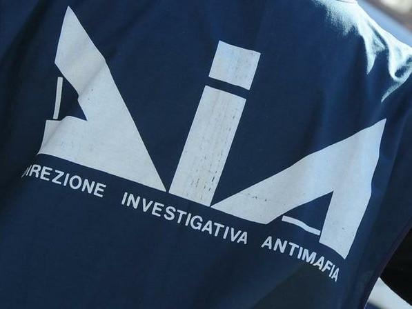 Firenze: operazione antiriciclaggio nei confronti di imprenditore calabrese, sequestro per oltre 4 milioni