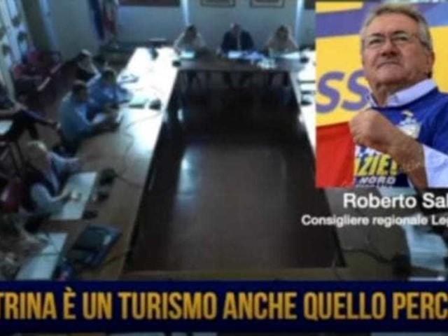 """Salvini (l'altro) vuole le """"donne in vetrina per rilanciare il turismo"""""""