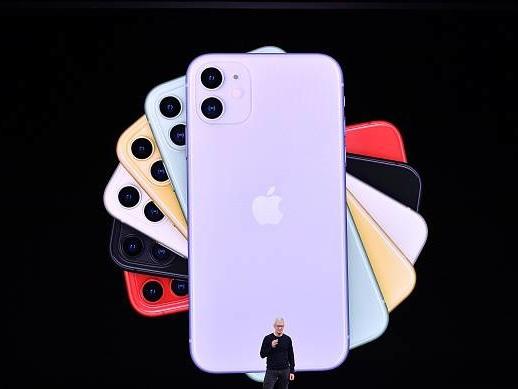Apple, presentati i nuovi iPhone 11 e 11 Pro: ecco tutte le caratteristiche e novità
