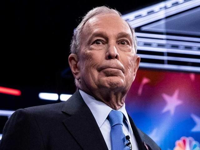 Il flop di Bloomberg al primo dibattito
