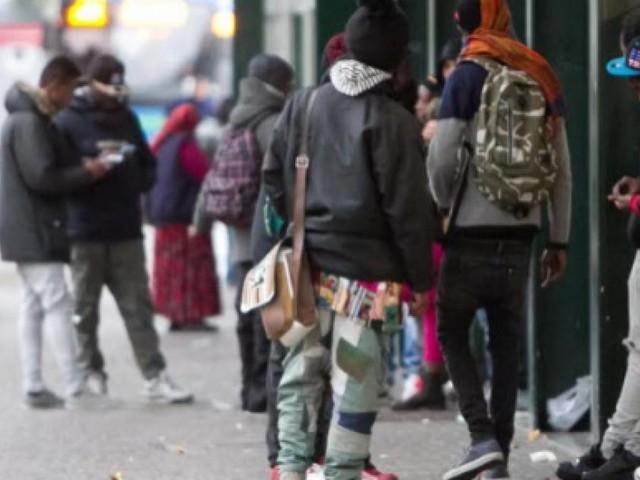 Nuova aggressione di una baby gang a Napoli, cresce la paura