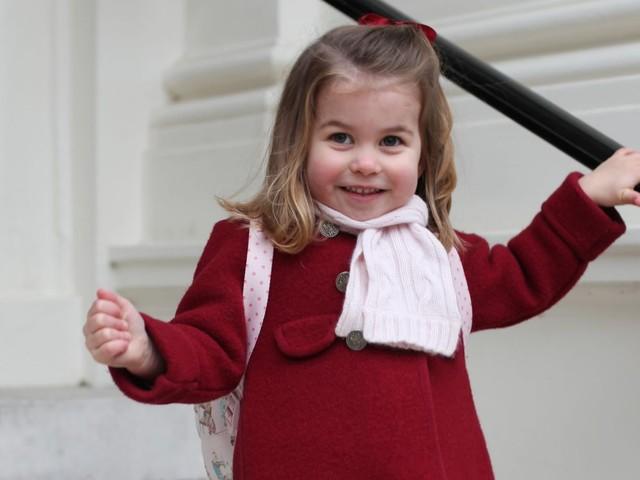 Principessa Charlotte: voglio un pony come regalo di Natale