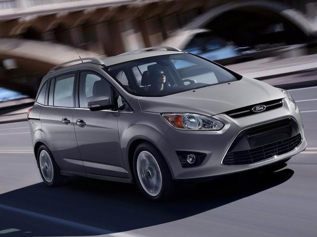 Ford - Stop alla produzione della C-Max in Germania